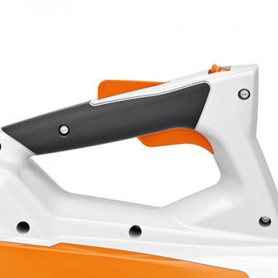 stihl bga 45 (akkuval és töltővel) könnyen kezelhető fúvógép beépített akkumulátorral